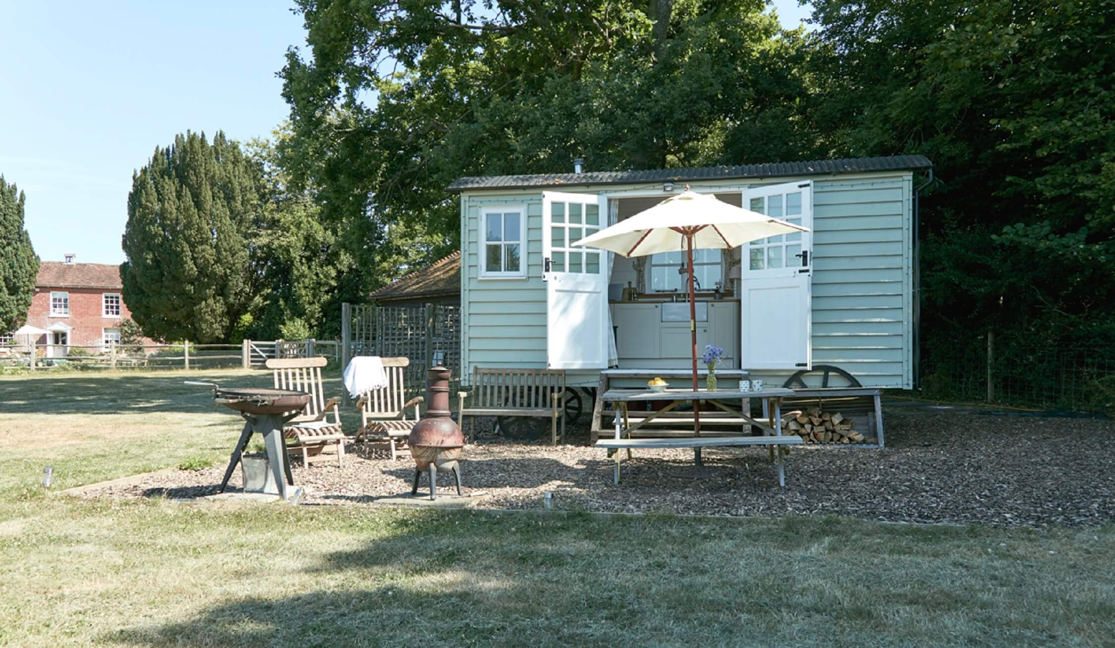Buck's Green Shepherd's Hut