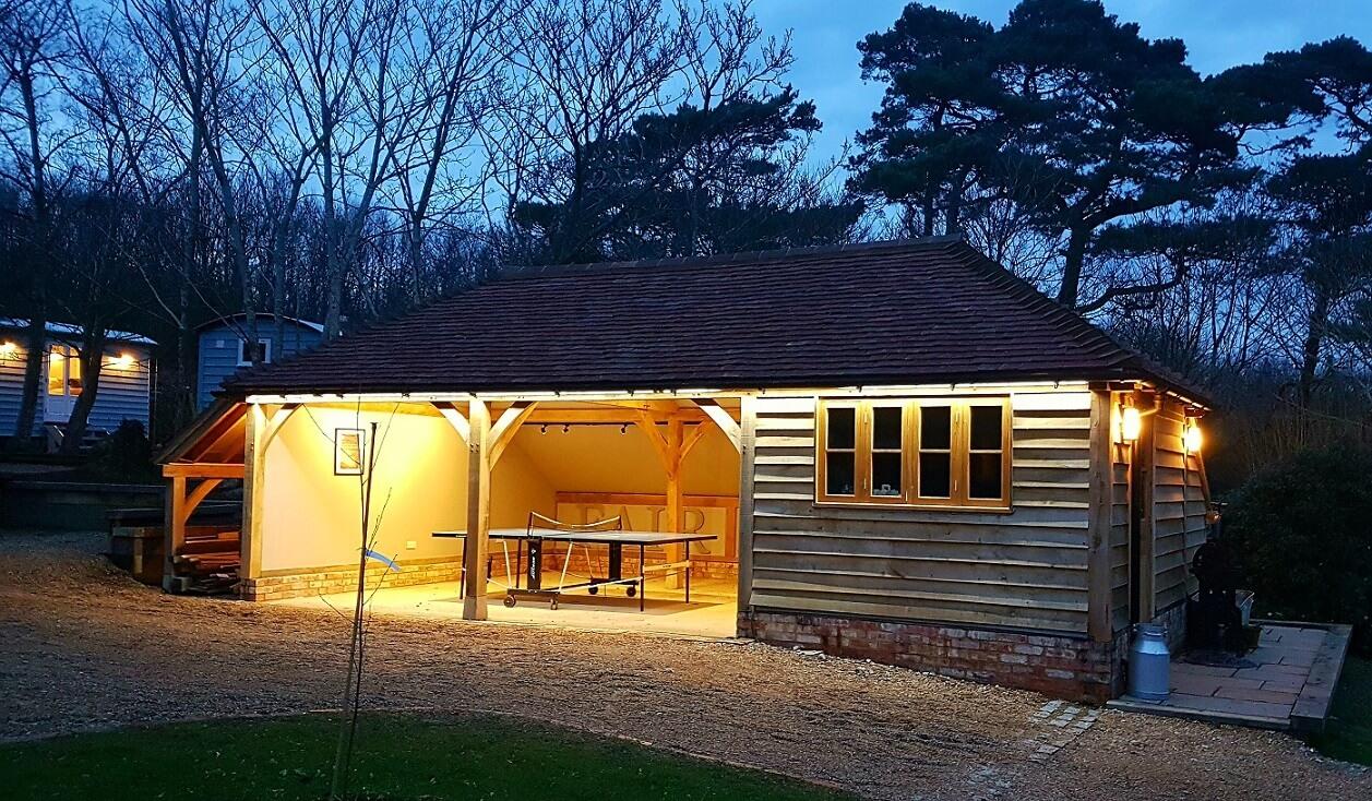 Fair Oak farm - Games Barn