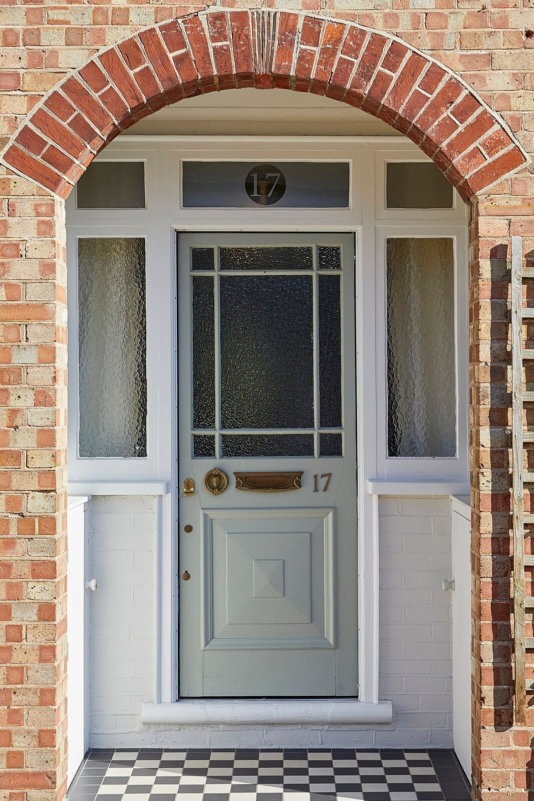 Hollies House - Front door - Sleep 8 - Sussex getaway