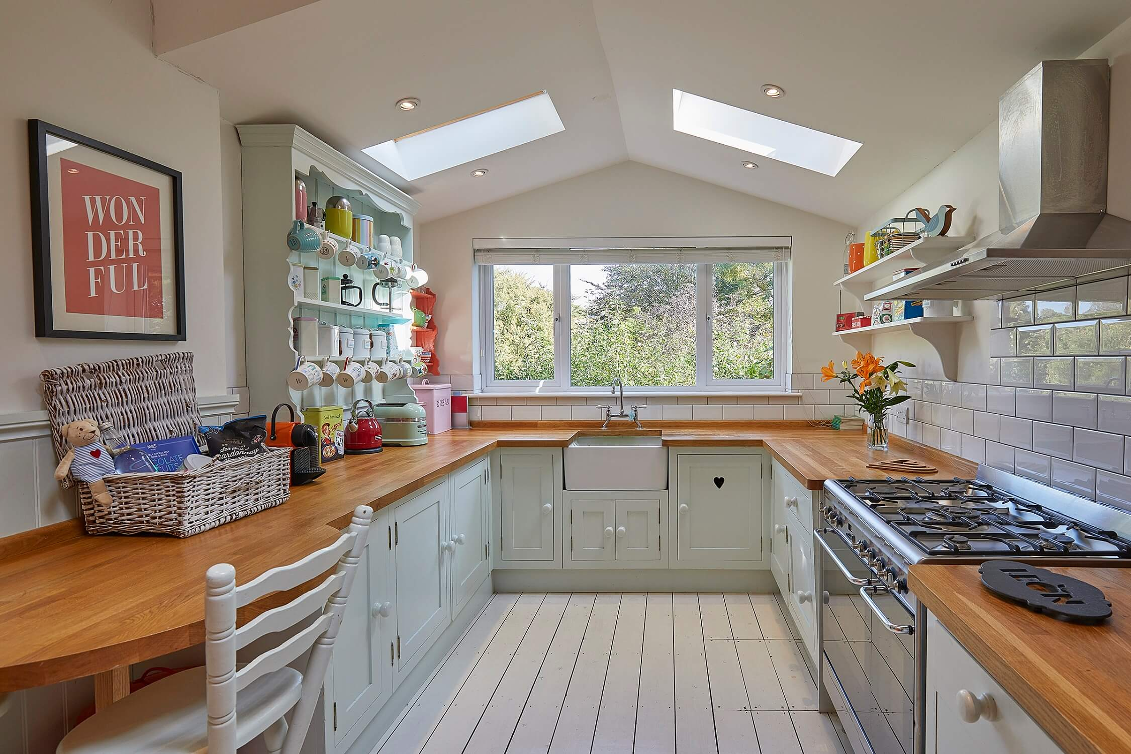 Hollies House - Large bright sociable kitchen