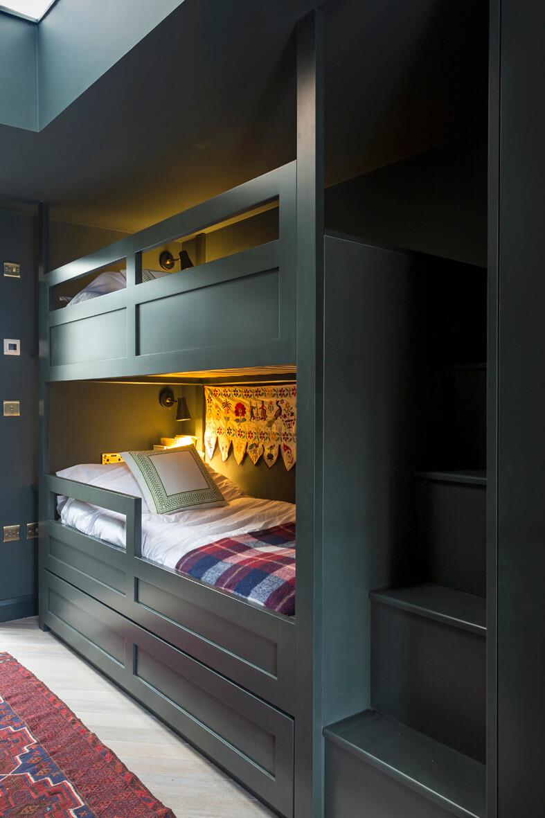 The Outbuilding Appledore - Custom built bunk beds