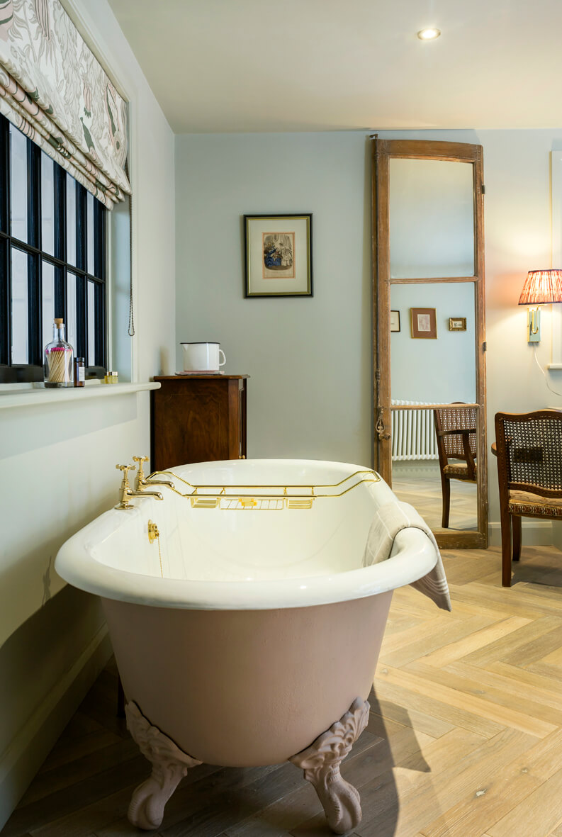 The Outbuilding Appledore - Free-standing bathtub