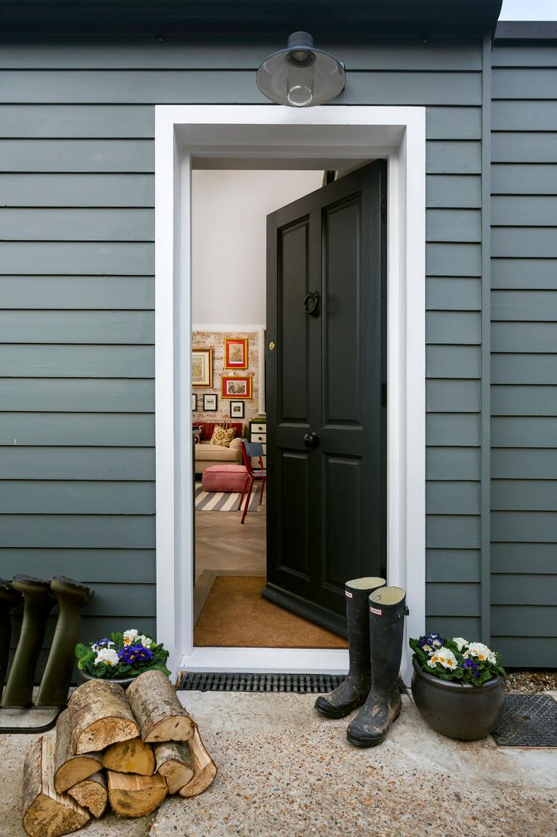 The Outbuilding Appledore - front door