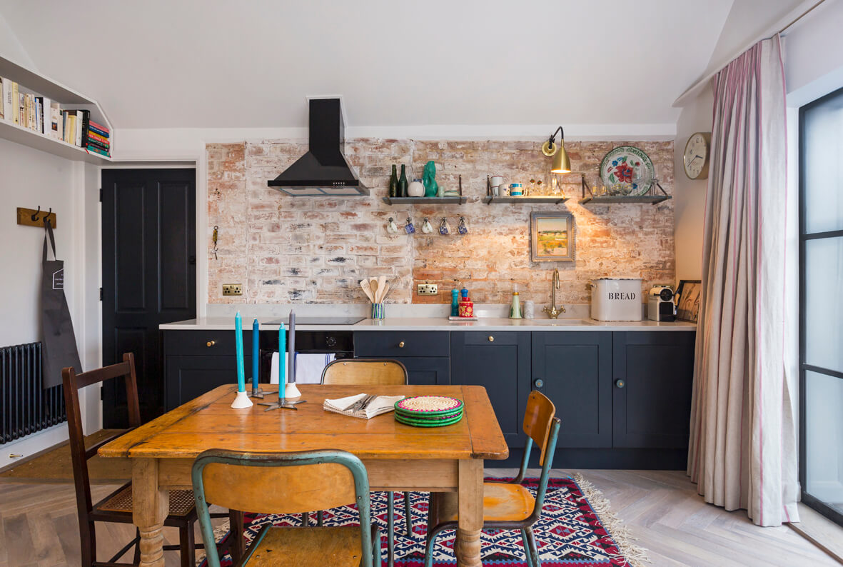 The Outbuilding Appledore - open plan kitchen
