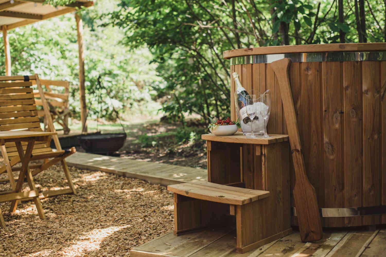 Luxury hideaway - hot tub