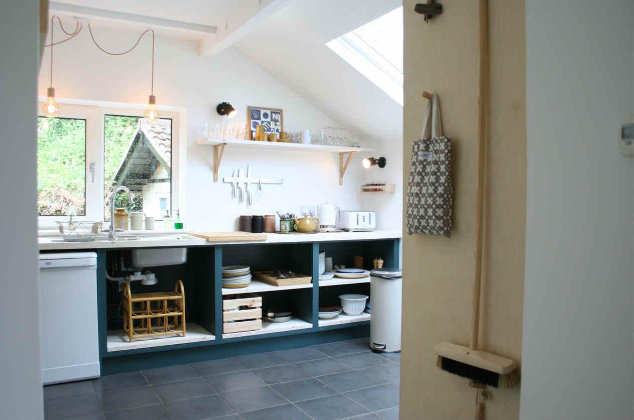 Pett Level Beach House - Kitchen