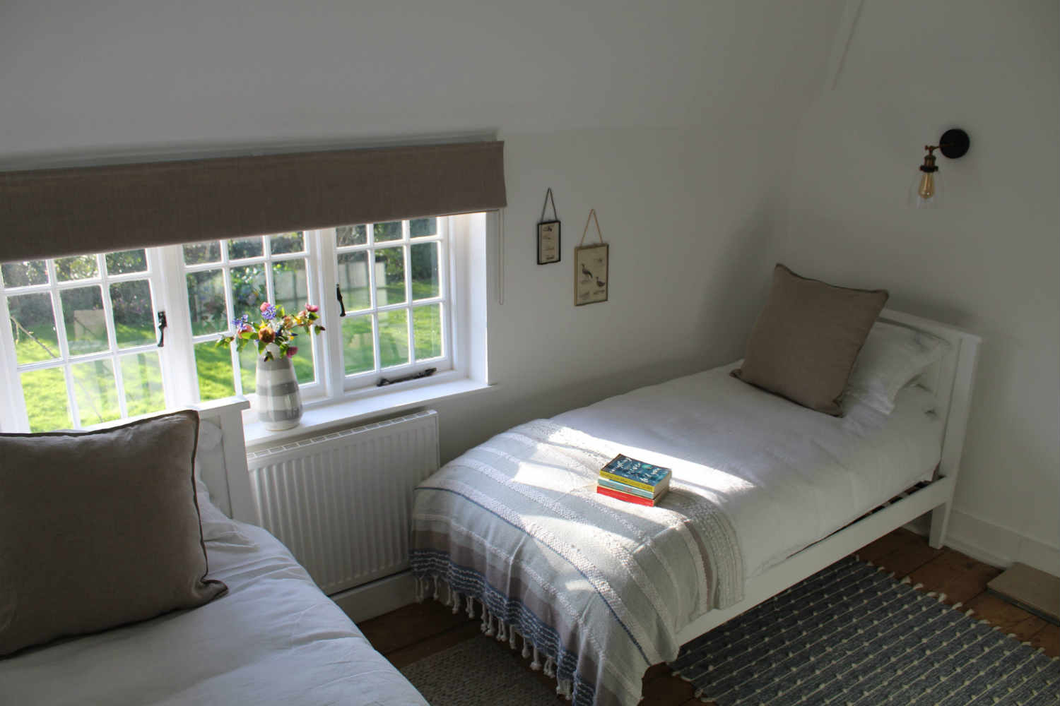 Bedroom 4 - two single beds
