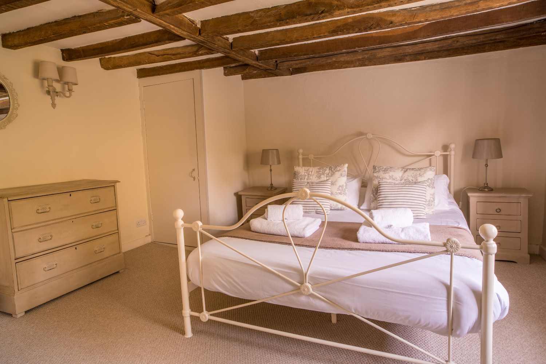 The Milkhouse - bedroom detail