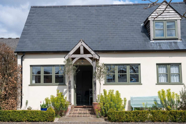 Arriving at Stableyard Cottage