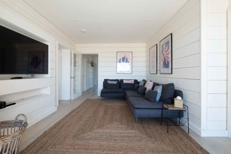 Ground Floor Snug - with cool beach tones