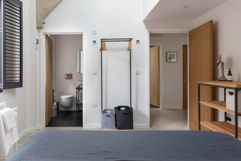 Kingsize bedroom 2 with ensuite