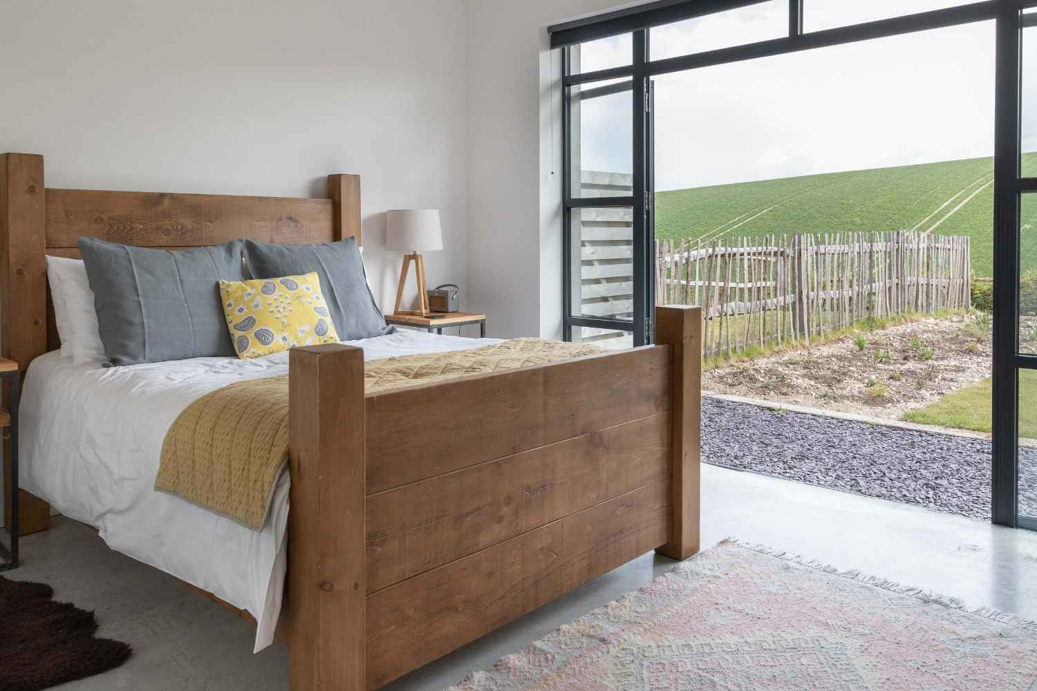 Kingsized Bedroom 1, with stunning views