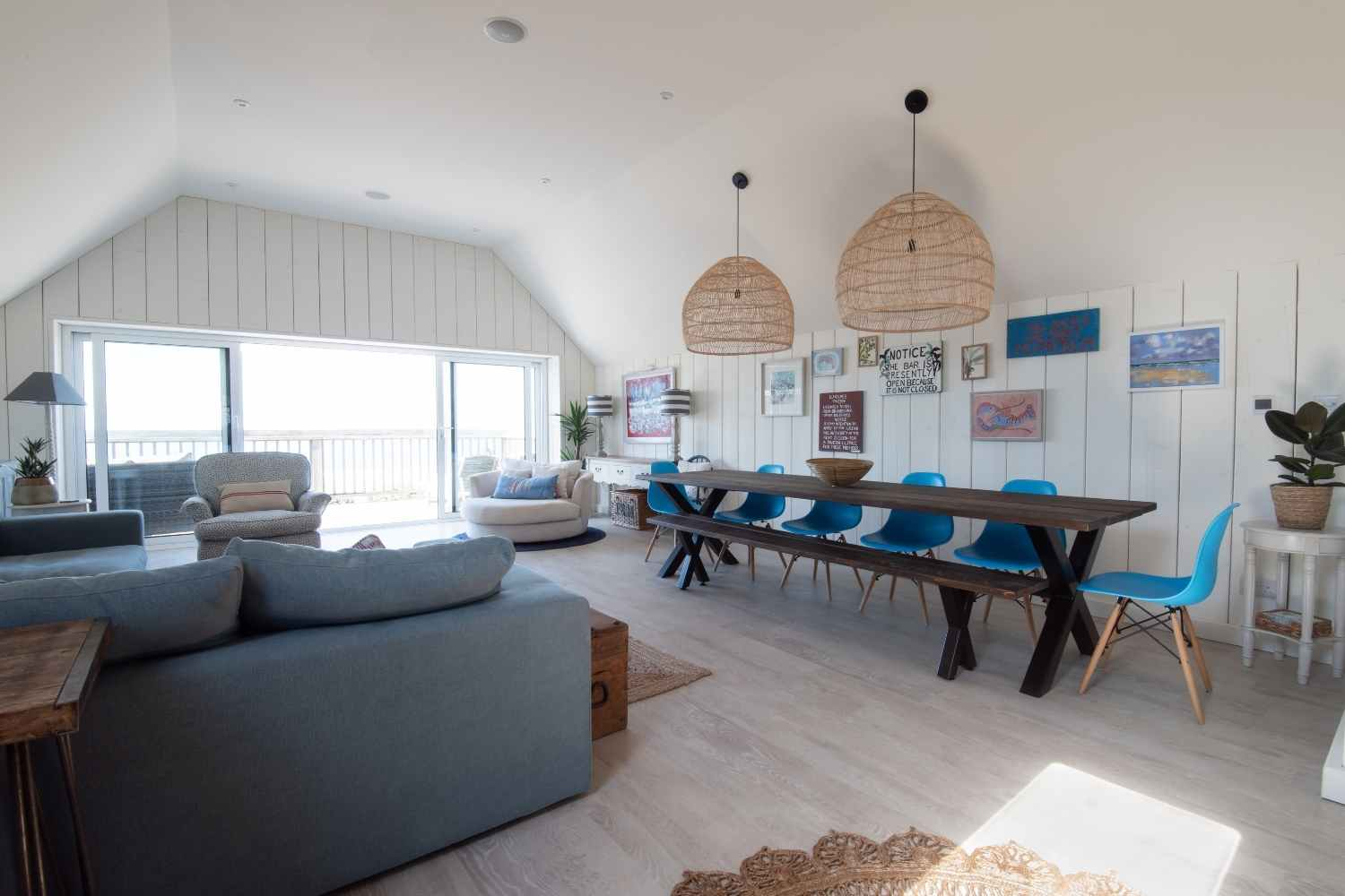 Light and airy open plan space