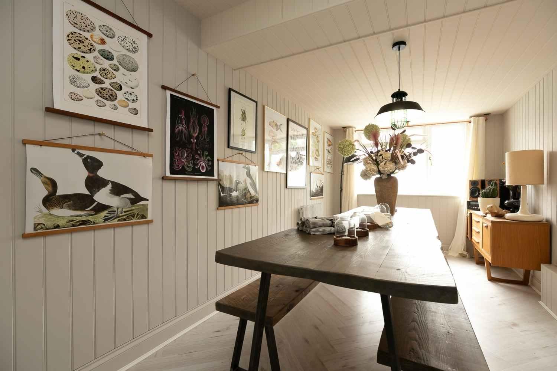 Dining room with coastal vibe
