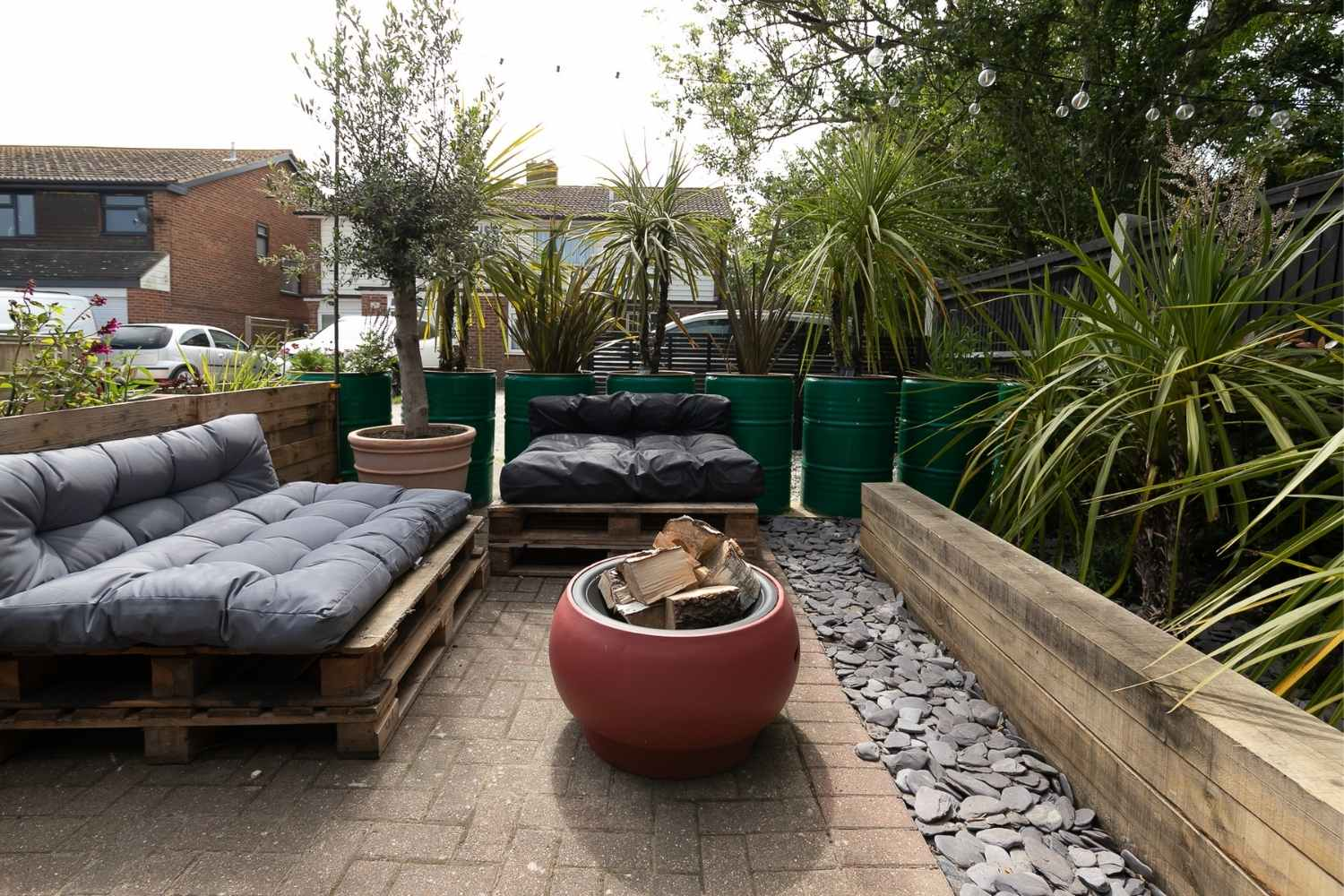 Outdoor lounging, complete with firepit