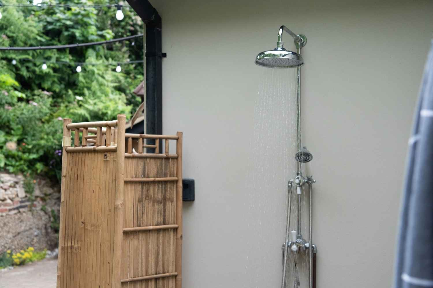 Outdoor shower - great for rinsing off the sand!